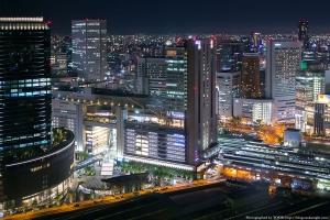 【画像】 大阪に新しくできた商業施設の規模が物凄い件 東京(笑)