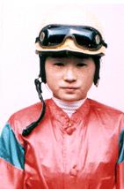 【競馬】 細江純子 1年目 3勝  藤田菜七子 1年目 3勝(5/15終了時)