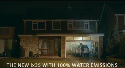 """韓国ヒュンダイ自動車、英国向けコマーシャルにて""""排ガス自殺未遂描写"""" … 「誇張によって製品特長を示そうとした」 (動画あり)"""