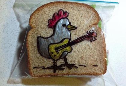 """アメリカの父ちゃんが、お弁当の""""サンドイッチの袋""""に毎日描いてくれるアートが好評 (画像あり)"""