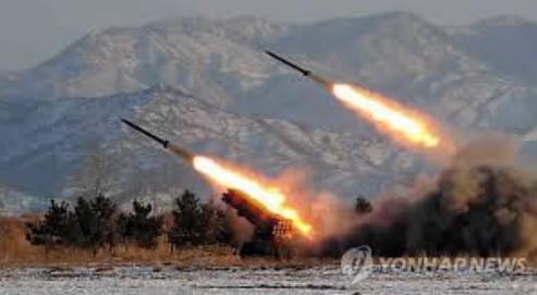 【悲報】北朝鮮、また日本海にロケット弾発射・・・今度は16発
