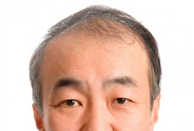 【悲報】コンビニの店員の前髪が長かったから注意した結果wwwwwwwwwww