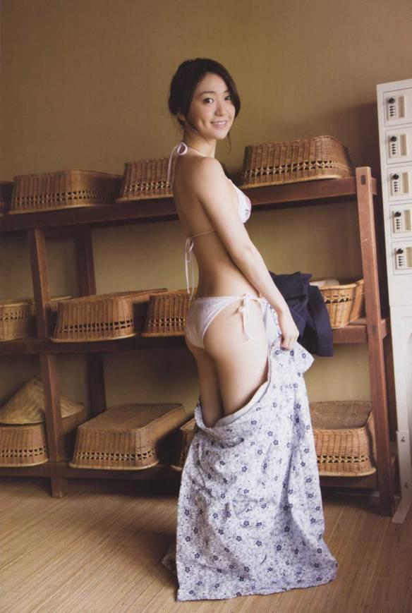 【画像】大島優子マジでエッチ過ぎ100回抜いたwwwwwwwwwwww