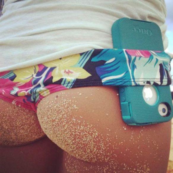 【けしからん】お尻フェチ向けのハワイのビーチにいた女の子wwwwwwww(画像あり)