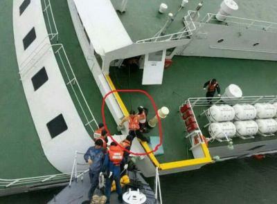 韓国旅客船沈没事故、船長と乗組員は乗客を放置して真っ先に脱出 … 船長(69)はインタビュー時、濡れた小銭を乾かしながら「私は船長ではない」とホラを吹く斜め上っぷり