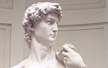 ミケランジェロの傑作 『ダビデ像』、倒壊の危機に … 「数百年もの間立ち続けている。腰を下ろして休ませるべきだ」との声も