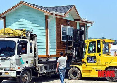 韓国旅客船沈没事故 行方不明者の家族のため、港に「仮設住宅」を設置 (画像) ←自然災害で住む家が無くなったわけでも無いのに何やってんだ?と話題に