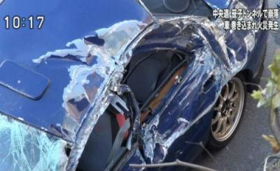 中央自動車道笹子トンネル崩落事故から1年半、大破しつつも乗員を守って走り抜けた青いインプレッサWRX、執念で修理 (画像)