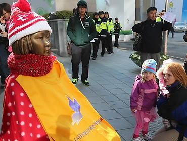 豪・ストラスフィールド市の「慰安婦像」、全会一致で設置認めず … 中韓市民が連携し同市内の広場に豪州初となる慰安婦像を建立→ シドニーなどにも設置する計画だったが頓挫