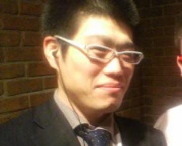 週刊文春「AKB48メンバー盗撮される。犯人はオフィス48の元取締役・野寺隆志(38)」 … 撮影時期は09年から10年、動画75本、撮影時間計15時間以上、画像は200枚以上に及ぶ