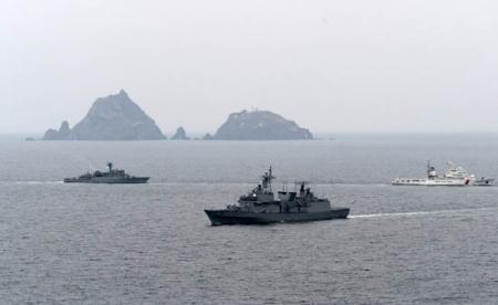 """韓国軍と韓国海洋警察、今月下旬頃に島根県の竹島で""""防衛訓練""""を行う計画 … 気象条件によりヘリから島に上陸する訓練も実施予定"""
