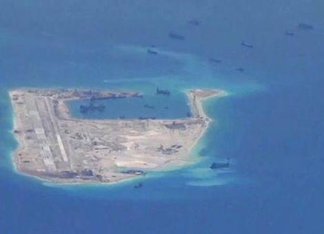 豪メディア「南シナ海で、中国が埋め立てて造成した人工島に兵器を設置」 … 米国防省「領有権問題がある区域の軍事化に反対する」と批判、豪情報機関も中国の脅威評価を改定