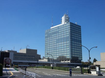 "NHKだけを受信しない装置""iranehk(イラネッチケー)"" 「地上波用、BS用合わせて約130個が売れています」"