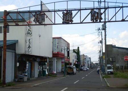 北海道砂川の永桶さん一家5人死傷事故、容疑者が酒を飲みに通っていた砂川の繁華街「誰かが注意していれば」「一部の人間のせいで砂川が飲酒運転の街だと思われたらいい迷惑」