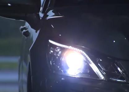 ハイビームなのに眩しくない … 遠くまで照らせる「ハイビーム」のまま走っても、対向車や前方の車に迷惑にならない自動車のヘッドライト、各車メーカーが次々に開発