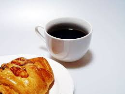 ブラックコーヒー飲むやつは強がってる的な風潮wwwwwwwwwwwwww