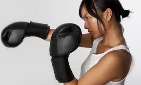 【悲報】ボクシング歴10年って嘘ついてたら本当にボクシングやってる奴に合同練習申し込まれた・・・ どうすればいいんだ・・・