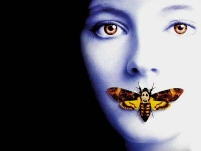 【悲報】ワイ将、蛾に襲われコンビニにて発狂wwwwwwwwwwwwwwwwww