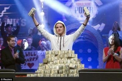 ポーカーの大会に素人が出場した結果wwwwwwwwwwwwwww