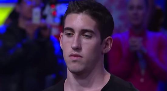 【画像・動画あり】ポーカーで15億円の勝負に勝った男の表情wwwwwwwwwwwwww
