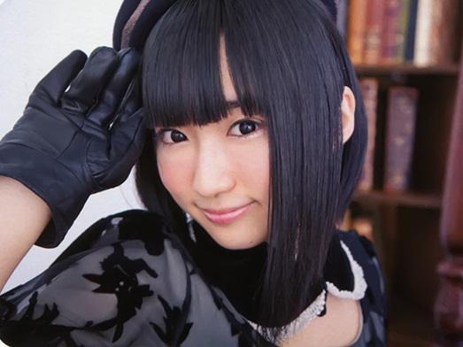 【画像】顔を隠す事で有名な声優 悠木碧さんがついに顔を出したけどこれは・・・・