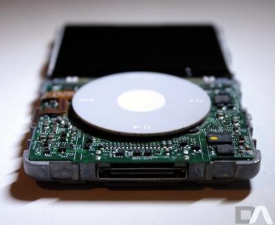 【混乱】 Apple 9月8日をもってiPod Classic サポート完全終了                  との噂?