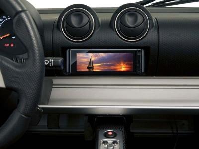ソニー平井社長「デザインと音質を両立した自動車向けハイレゾで勝負する」まずは欧米で展開