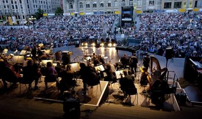 クラシックの名曲は? 一般人「ベト第9」アニオタ「ジムノペディ」おっさん「音楽の捧げ物」マジキチ「モーゼとアロン」