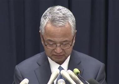 甘利明経済再生担当相、閣僚辞任の意向を表明 … 建設会社関係者から50万円ずつ受け取った事を認め、受け取った500万円のうち300万円を秘書が個人的に使っていたことも明らかに