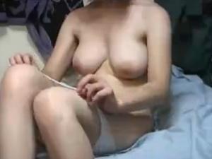 (Hムービー) 美巨乳なシロウト蒸発幼女のハメドリ映像☆☆モフモフ乳房がエろい☆☆