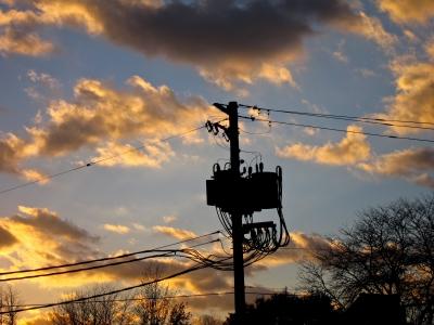 【電線】日本の風情?観光立国へ障害も、電柱地中化の機運再び
