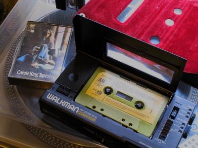 【定期】カセットやレコードなどアナログ機器復活の兆し…「温かみがある」「オシャレ」若者が見直す動きも