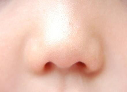 「花粉症には鼻の穴や目の周りにワセリンを塗ると効果抜群」とのツイートが話題になり、実際に試され「効果抜群」という報告多数 … 「花粉症にはワセリン」という新常識