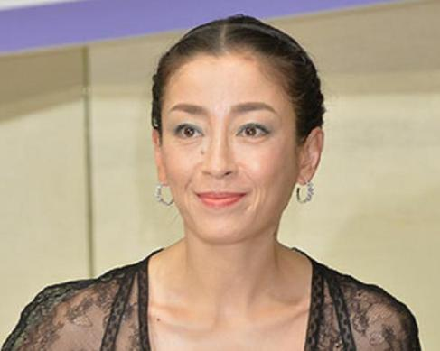 女優の宮沢りえ(42)、4年の離婚協議を経て離婚が成立したことを発表 … 2009年に元プロサーファーの実業家男性と結婚、12年に離婚報道を受けて離婚協議中と認める