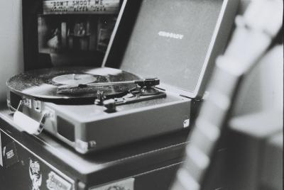 アナログレコード聴いてみたけど、音が変なんだが?詳しい奴ちょっときてくれ