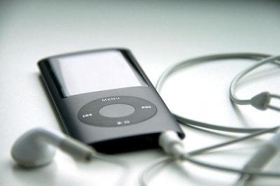スマホで音楽聴くのはなんかイヤ!小さくて手頃なDAPないの?
