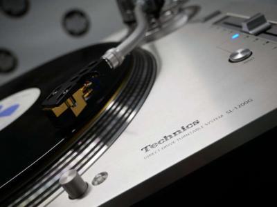 日本が誇る世界的名機が完全復活! Technics SL-1200がいよいよ発売へ!!!!