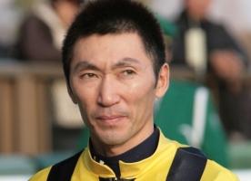 【競馬】 蛯名「最近、馬場(芝)コンディションが凄く良い。中山も東京も。自然で公平な馬場」