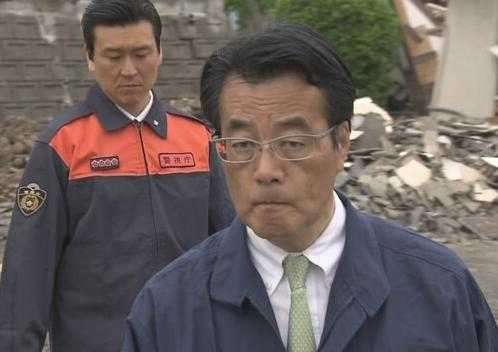 民進党・岡田代表、被災地を視察し「激甚指定遅い。なぜこんなに時間が掛かっているのか分からない」 … 岡田氏、本当に「激甚災害指定」の内容を知らない模様