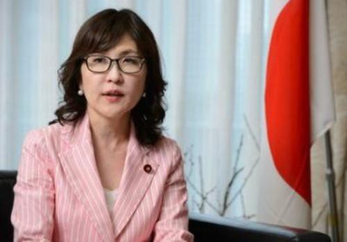 朝日 「稲田朋美が中韓との関係を悪化させないか党内から不安の声」  ← 不安なのはお前らだろ