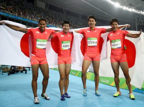 男子400mリレー決勝、日本が銀メダル獲得の快挙