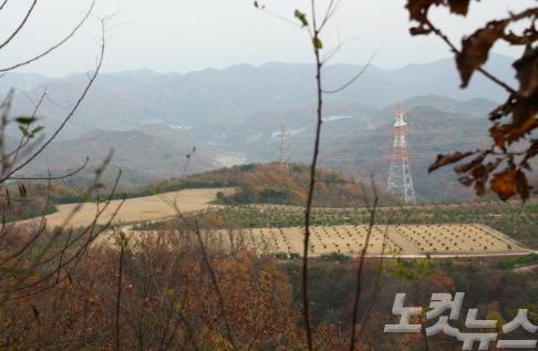 韓国の新興宗教団体が所有する吐含山麓で、違法に埋められた身元不明のもの含む1040体もの遺体→ 一昨年に発見されていたものの捜査が終了しても何ら結果を発表しないまま今に至る