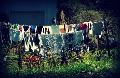 こちらスネーク。イヤホンをズボンに入れたまま洗濯してしまった。指示をくれ、大佐。