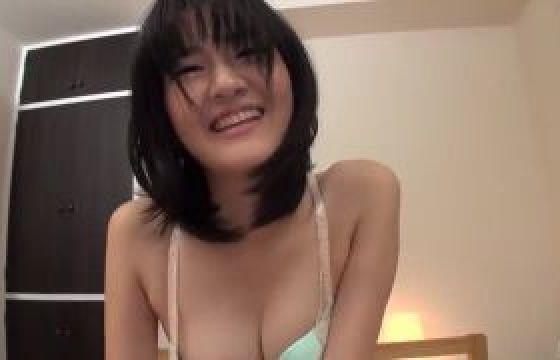【無修正-高画質】大人しい系のガキ女です!!ツルツルの美身体キレイなお姉さんに膣内射精