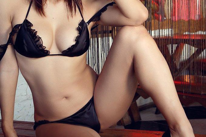 【セクシーランジェリーエロ画像】セクシーさに重点をおいて開発されたセクシーな下着w