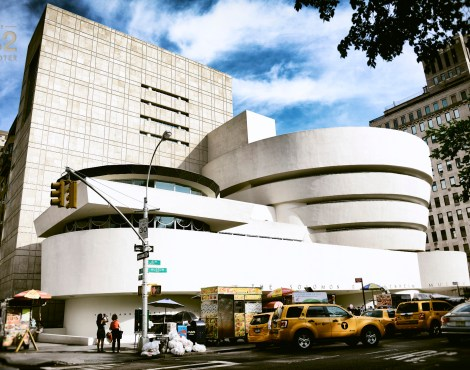 Guggenheim, Tourists and Daily Traffic