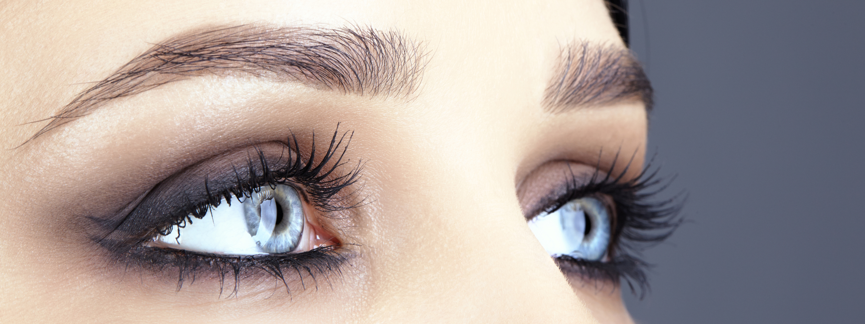 WHY CASTOR OIL IS THE SECRET TO LASH GROWTH – Amalie Blog