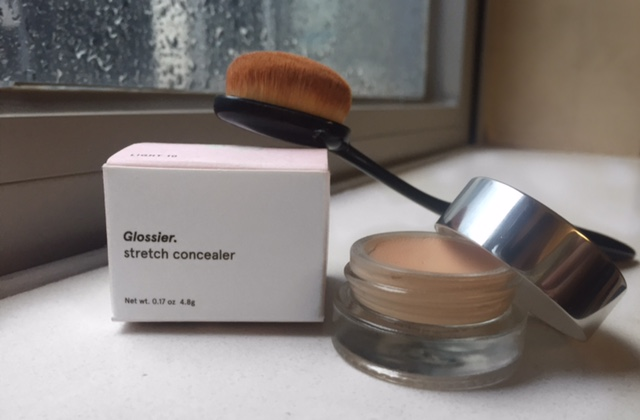 glossier stretch concealer and oval brush3