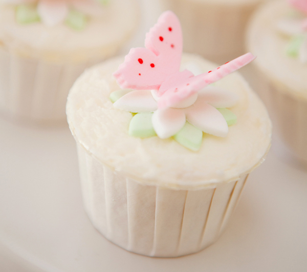 LR Fairy cupcakes Fairies Welcome Guest Dessert Feature