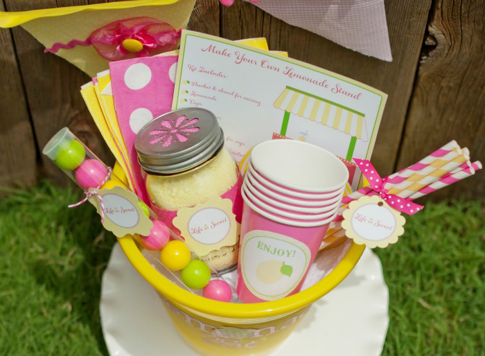 Lemonade Stand Bucket Supplies Giggles Galore Sweet Lemonade Stand Guest Dessert Feature